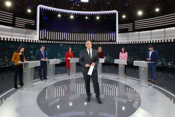 Imagen de un debate a seis de la campaña electoral cedida por RTVE
